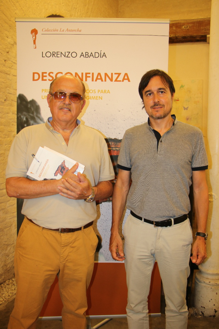 De izquierda a derecha: Francisco Rubiales y Lorenzo Abadía