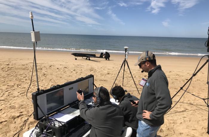NOTA DE PRENSA: El RPAS TARSIS 75 de AERTEC Solutions alcanza un nuevo hito tecnológico al completar una operación automática en playa