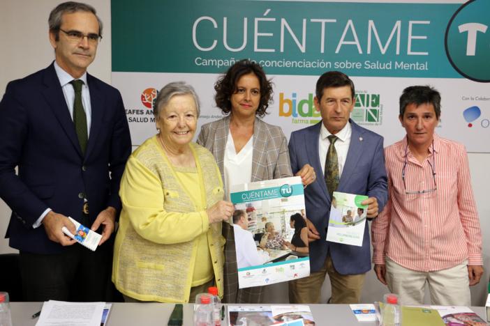 Se pone en marcha la campaña 'Cuéntame tú' para sensibilizar sobre los problemas de salud mental y el apoyo a cuidadores y familiares desde las farmacias andaluzas
