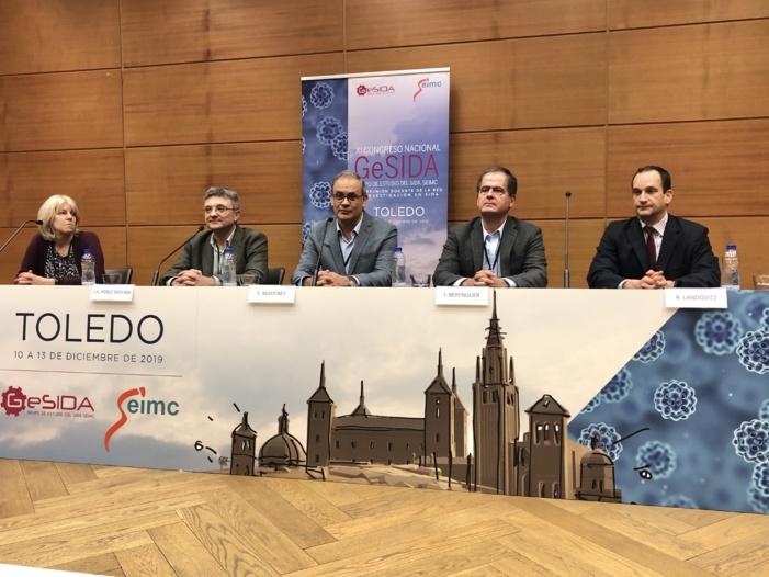 La mejora de las estrategias de prevención y el diagnóstico precoz, junto con la atención a las necesidades de las personas de edad avanzada, principales retos del VIH en España