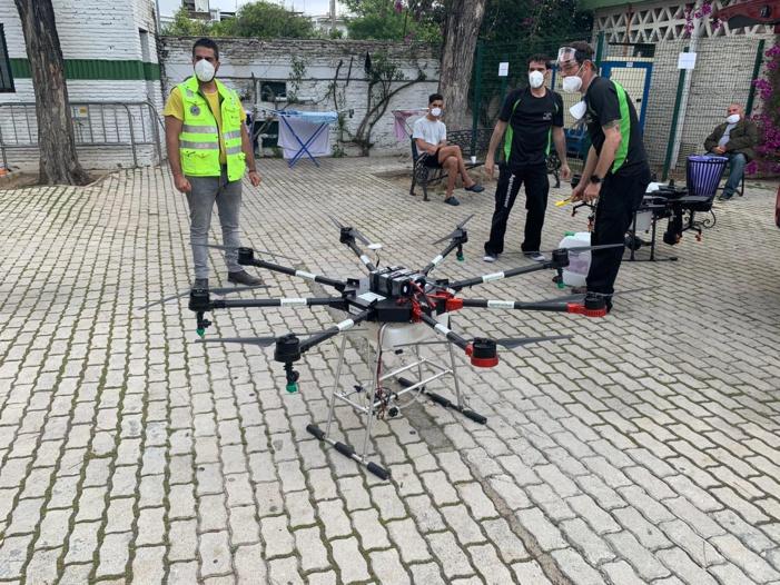 NOTA DE PRENSA: DESINFECCIÓN MEDIANTE DRONES EN EL CENTRO ROCHELAMBERT DE PERSONAS SIN HOGAR GESTIONADO POR LA FUNDACIÓN SAMU