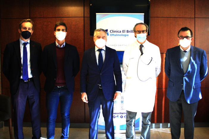 Los farmacéuticos de Córdoba y la Clínica El Brillante Oftalmología intercambiarán información y apoyo formativo para ofrecer una mejor atención integral y seguimiento de sus pacientes