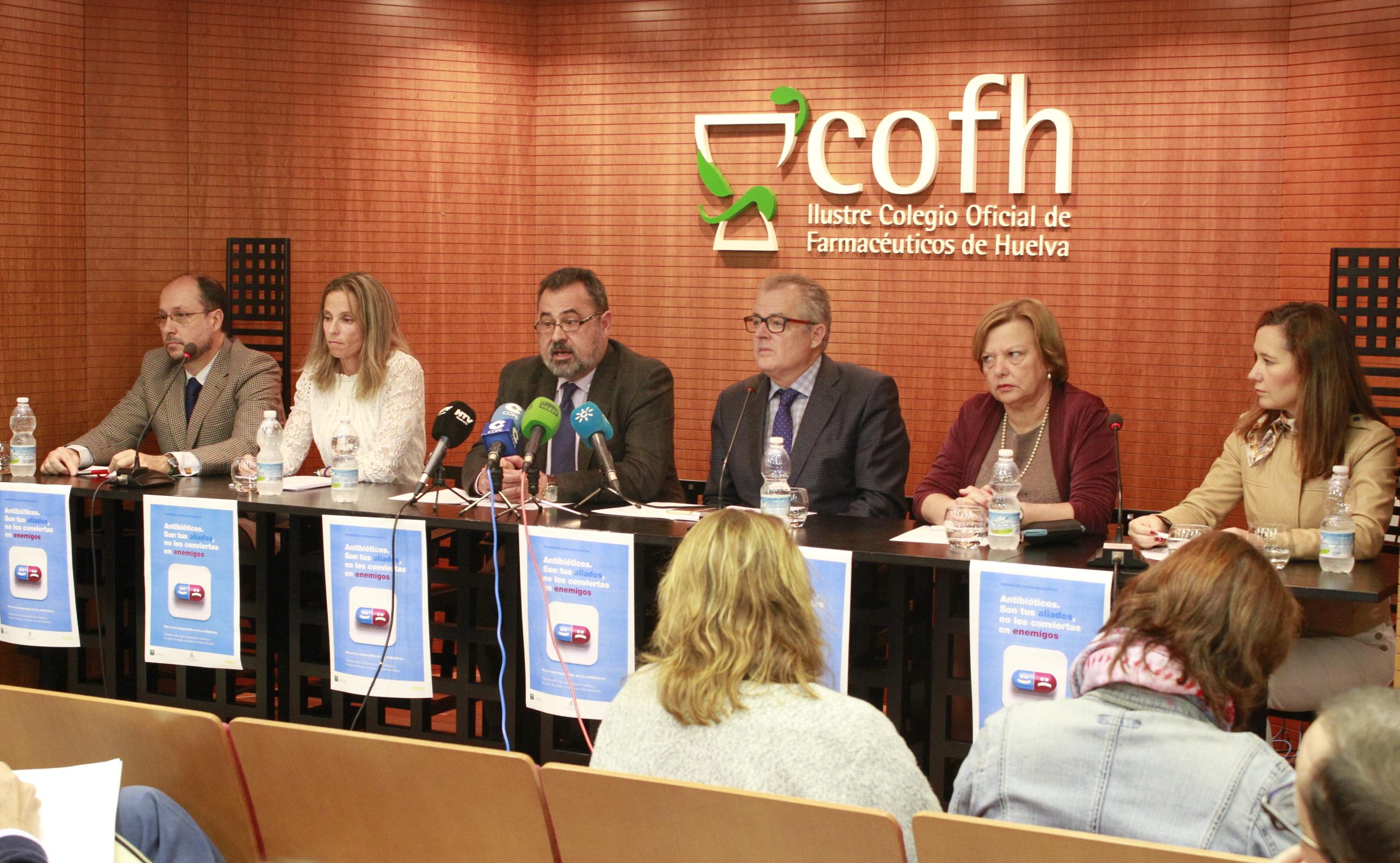 Las farmacias onubenses concienciarán sobre el correcto uso de antibióticos para evitar la aparición de resistencias bacterianas