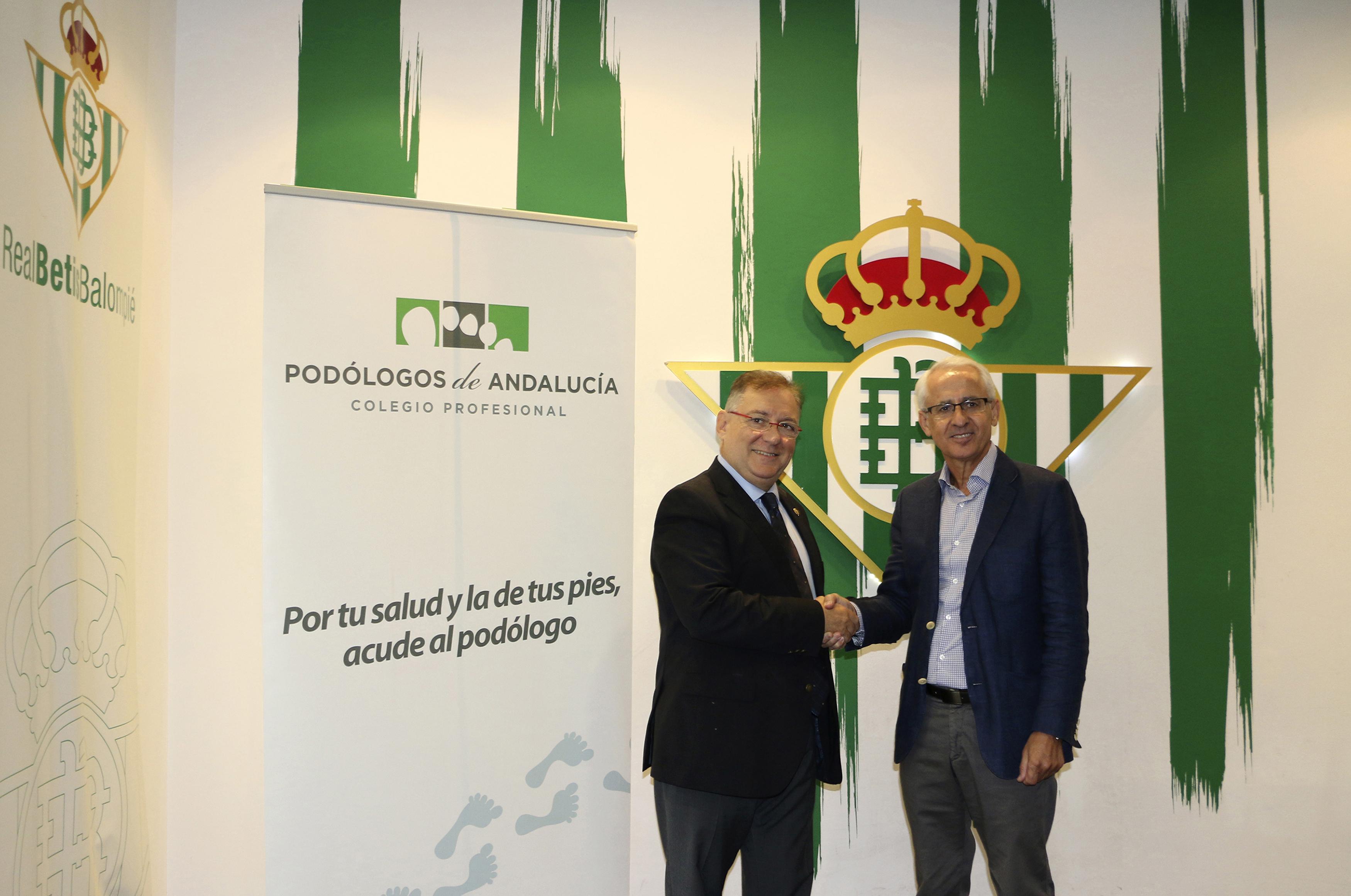Nota prensa. El Colegio Profesional de Podólogos de Andalucía firma un convenio de colaboración con Real Betis Balompié