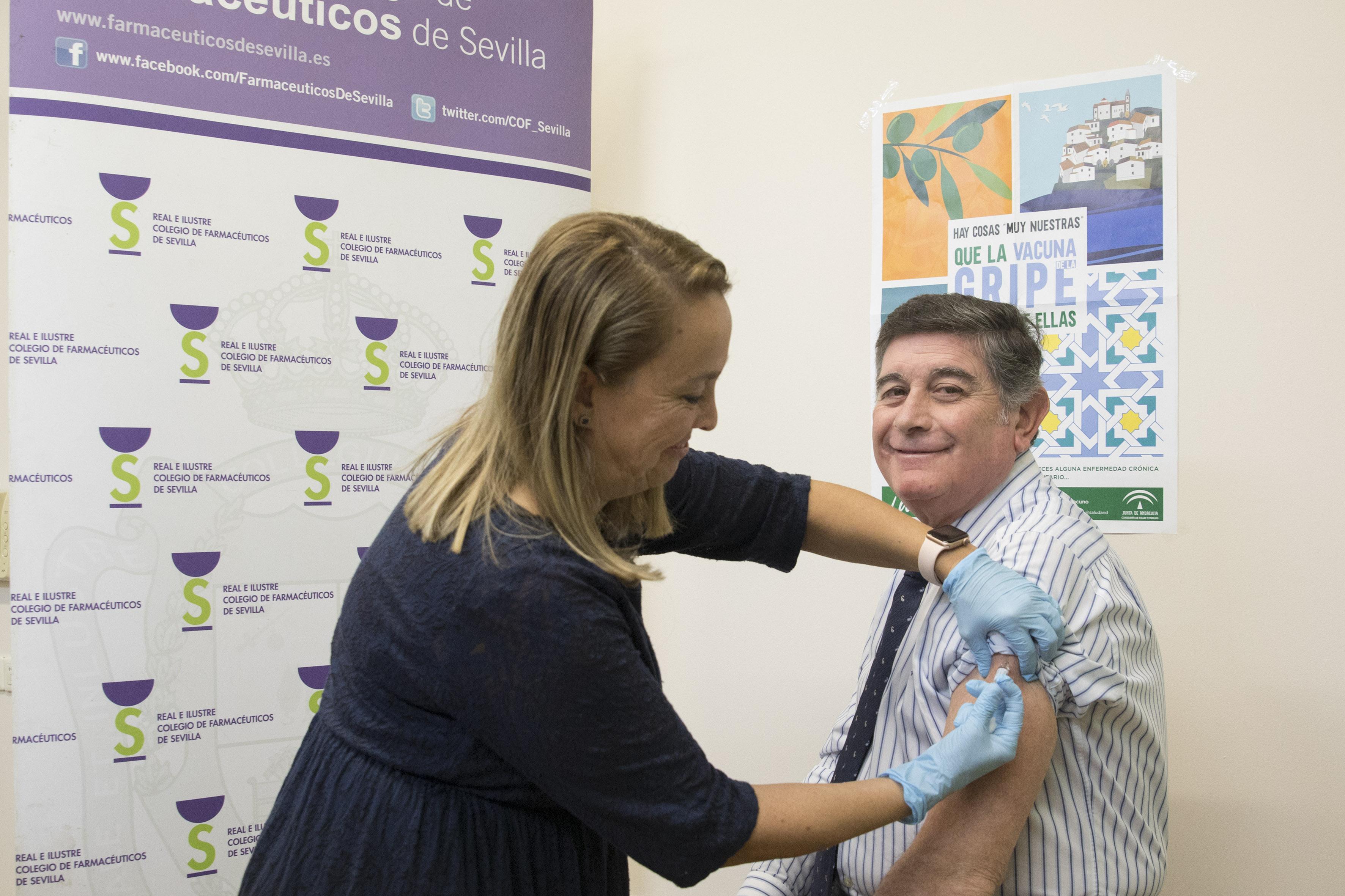 Compromiso de los farmacéuticos sevillanos con la vacunación antigripal