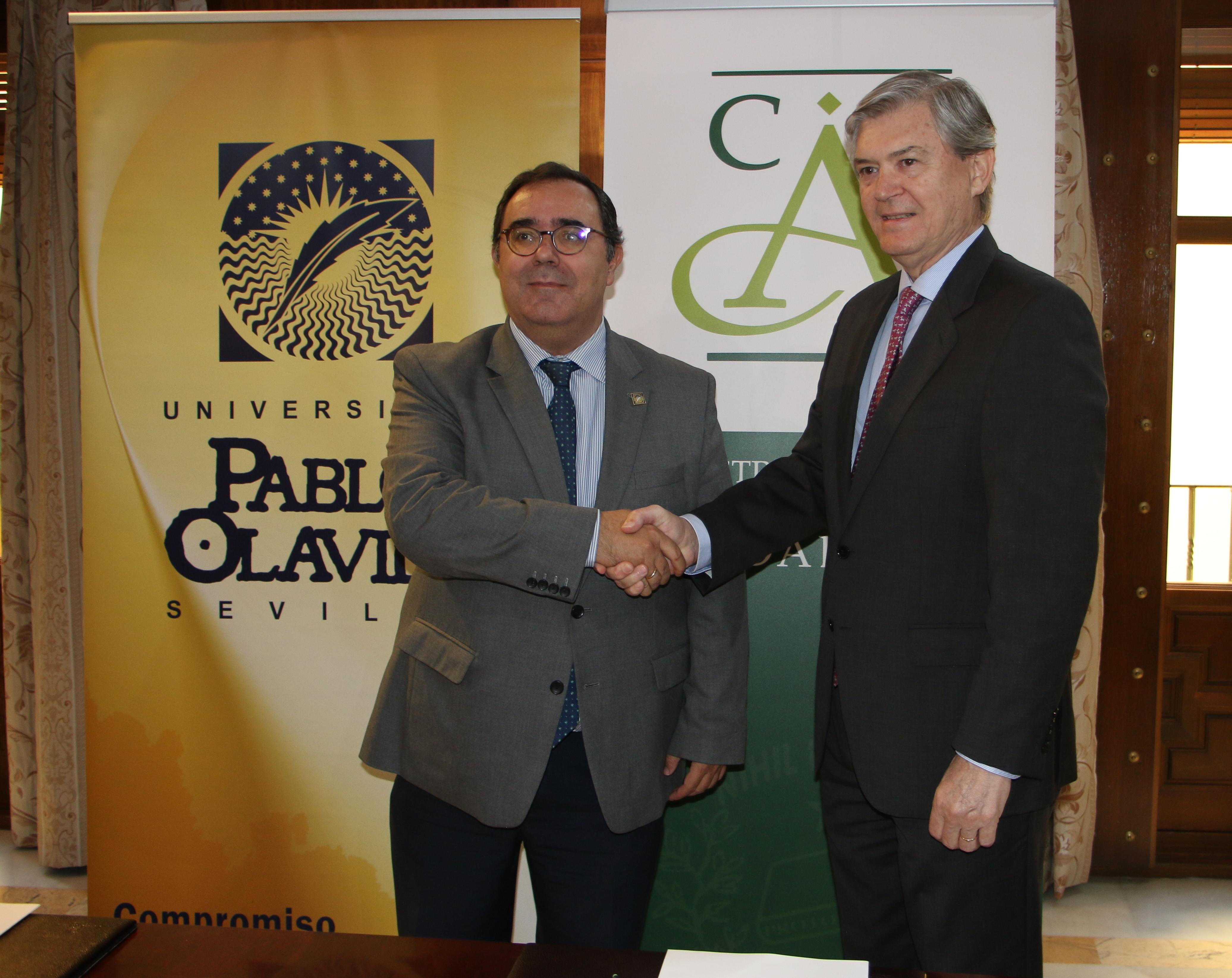 NOTA DE PRENSA: EL COLEGIO NOTARIAL DE ANDALUCÍA Y LA UNIVERSIDAD PABLO DE OLAVIDE CREAN UNA CÁTEDRA SOBRE DERECHO INTERNACIONAL Y COMPARADO