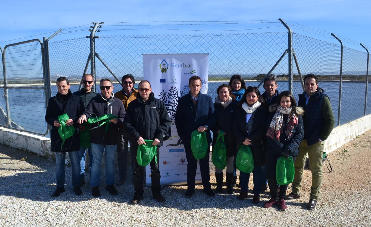 Un proyecto pionero en Andalucía desarrollado en Córdoba acredita la viabilidad y el potencial de la aplicación de aguas regeneradas al cultivo del olivar