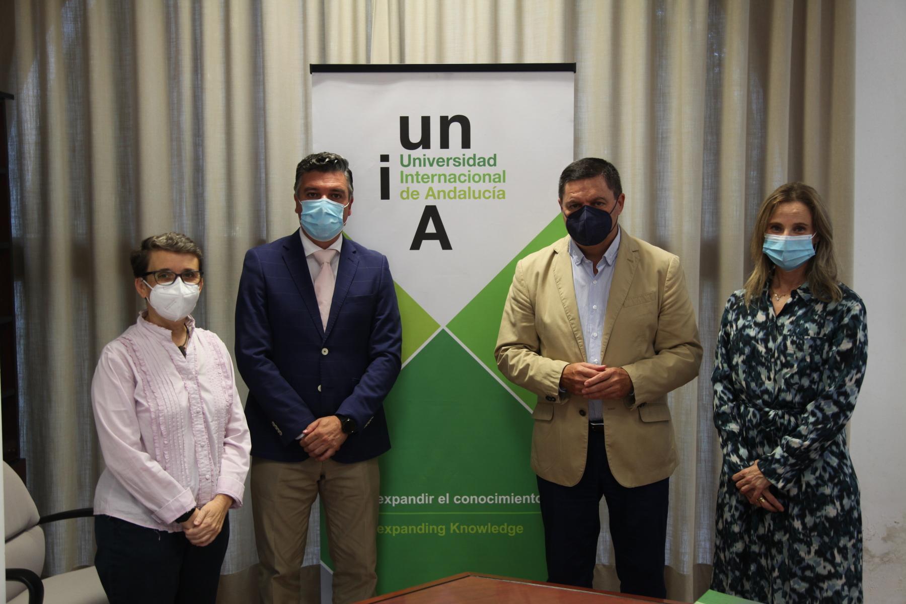 La UNIA y el Colegio de Farmacéuticos Huelva estrechan lazos de colaboración con el objetivo de realizar actividades académicas, científicas y culturales de forma conjunta