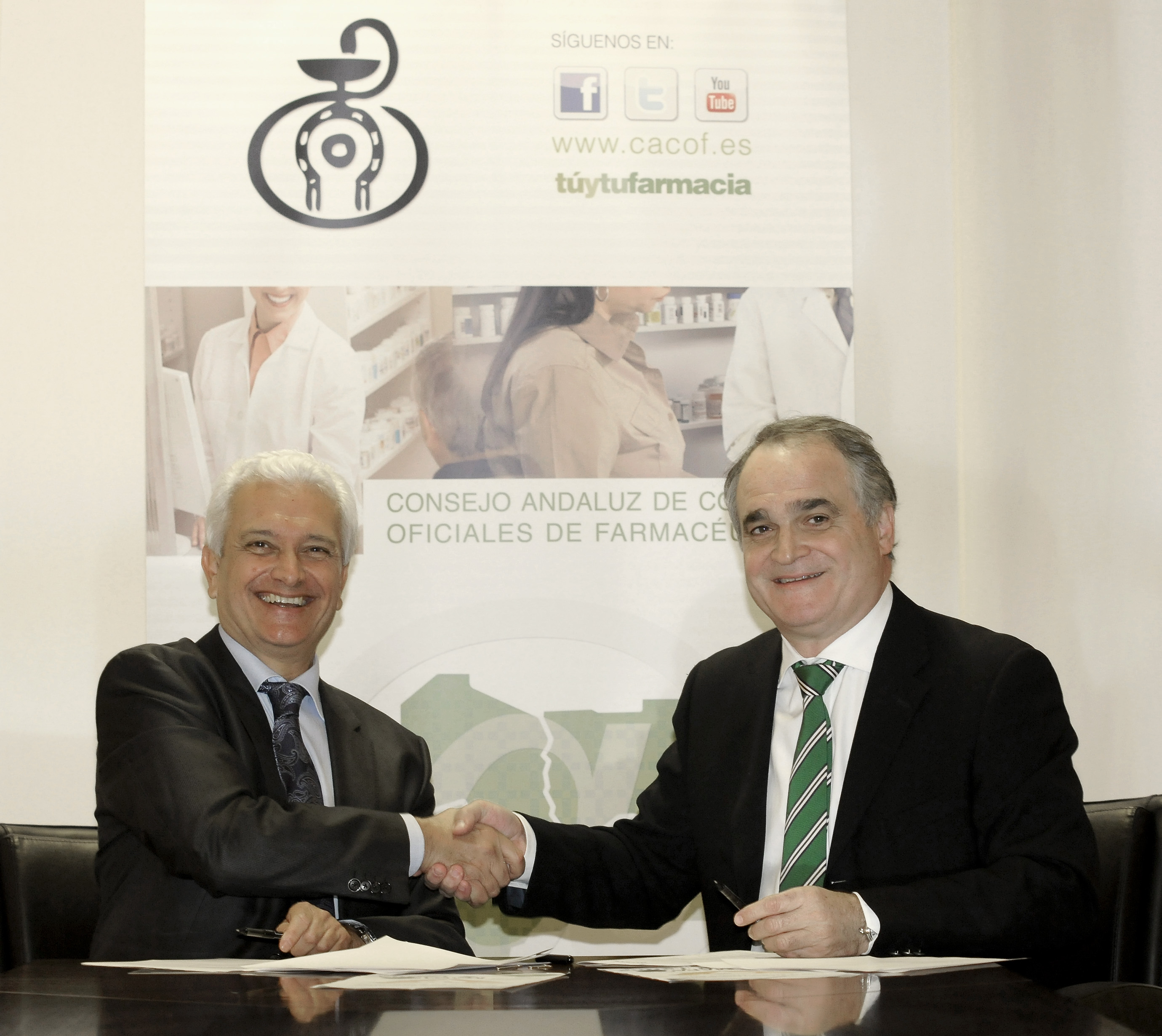 Esteve y el Consejo Andaluz de Colegios de Farmacéuticos colaboran en el pilotaje del proyecto MAPAfarma, iniciado en 33 farmacias andaluzas
