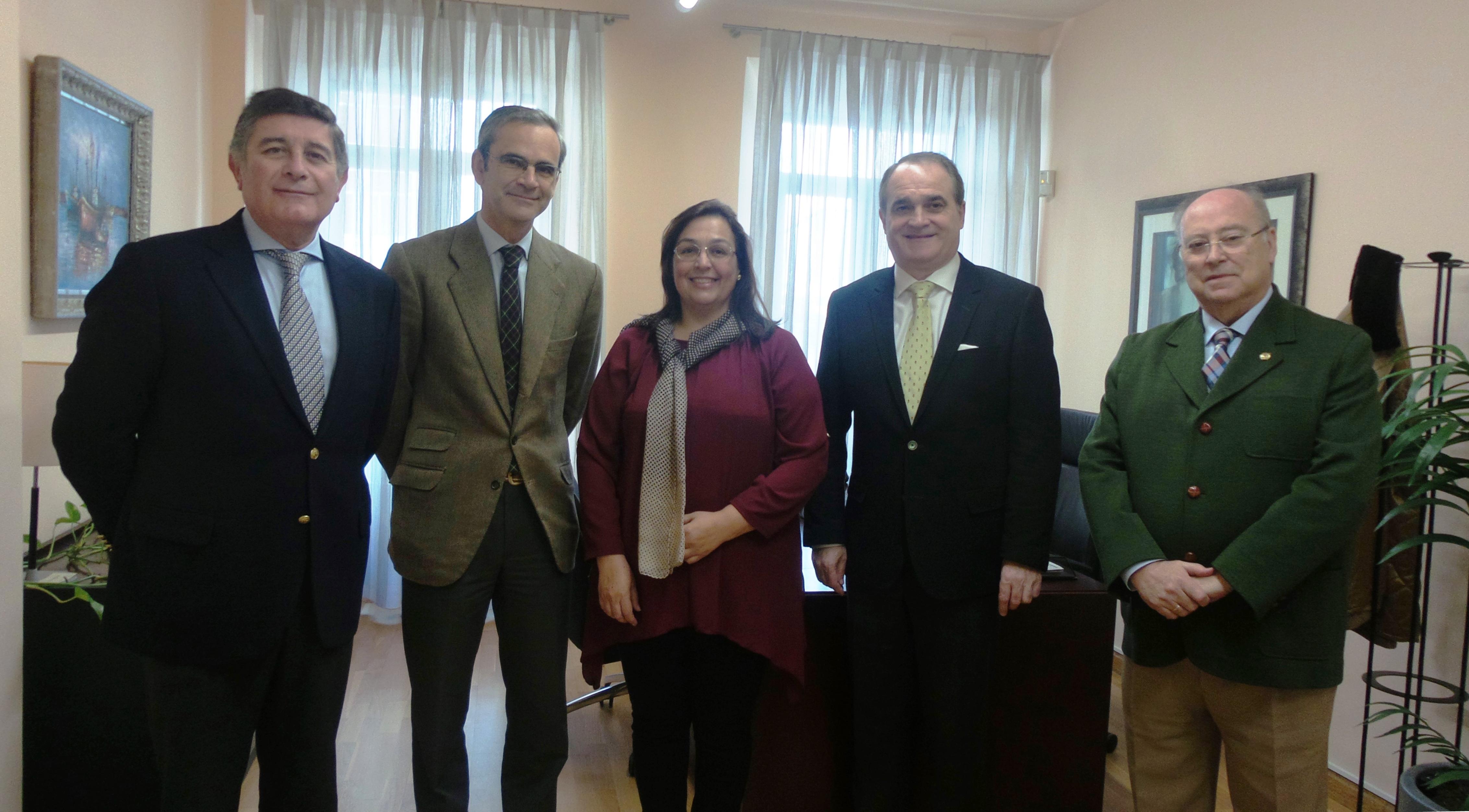 Las farmacias andaluzas colaborarán con la Federación Andaluza de Fibromialgia